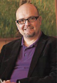 Dr. Rodrigo Browne Sartori Director de Estudios de Postgrado